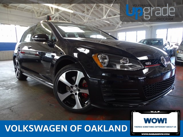 New 2017 Volkswagen Golf GTI S FWD 4D Hatchback