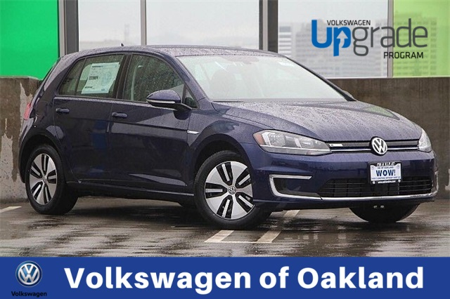 New 2019 Volkswagen e-Golf SE