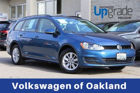 Certified Pre-Owned 2016 Volkswagen Golf SportWagen S